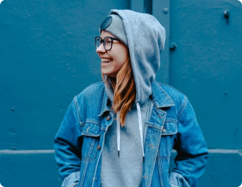Amanda Goldy - Designer